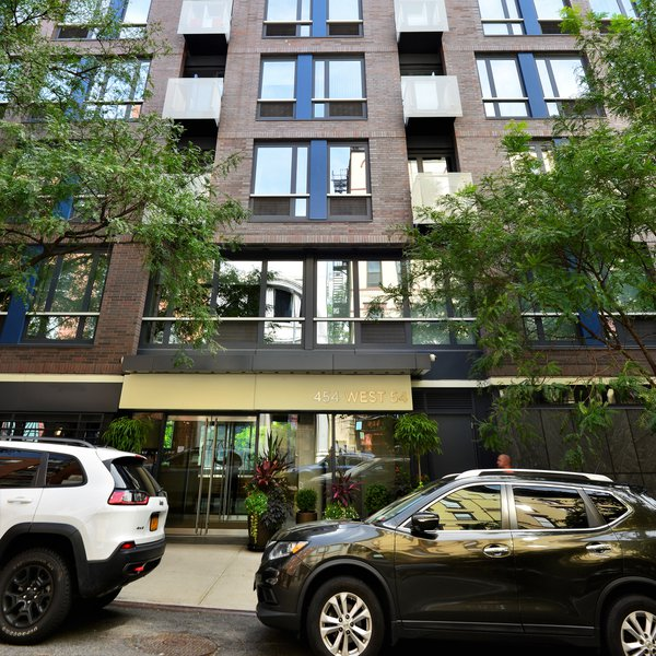 Griffin Court Condominium Building, 454 West 54th Street, New York, NY, 10019, NYC NYC Condos